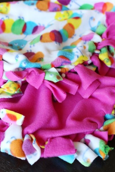 DIY Fleece Tie Blanket No Sew