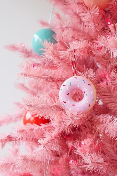 DIY-Donut-Ornaments3-600x900