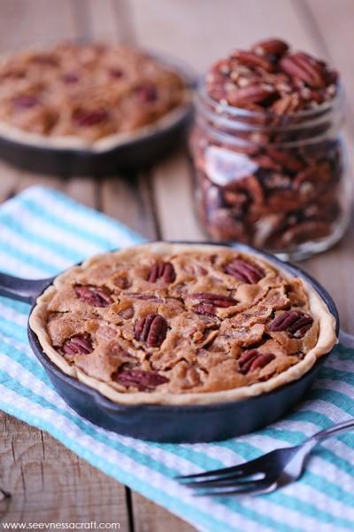 Individual Pecan Pie Skillets