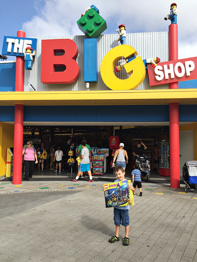 Travel: 10 Awesome Legoland Tips for Parents - See Vanessa Craft