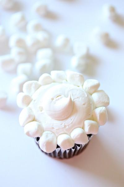 Zootopia Sheep Cupcakes 2 copy