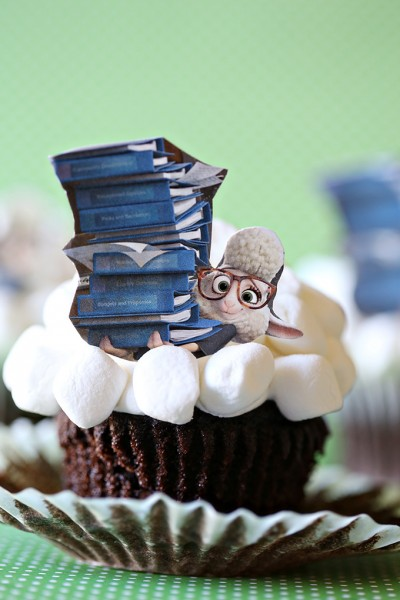 Zootopia Assistant Mayor Bellwether Cupcakes