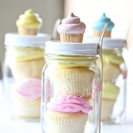 Craft: Birthday Cupcake Mason Jar Gift