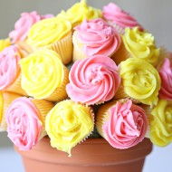 Recipe: Vanilla Cupcake Flower Bouquet