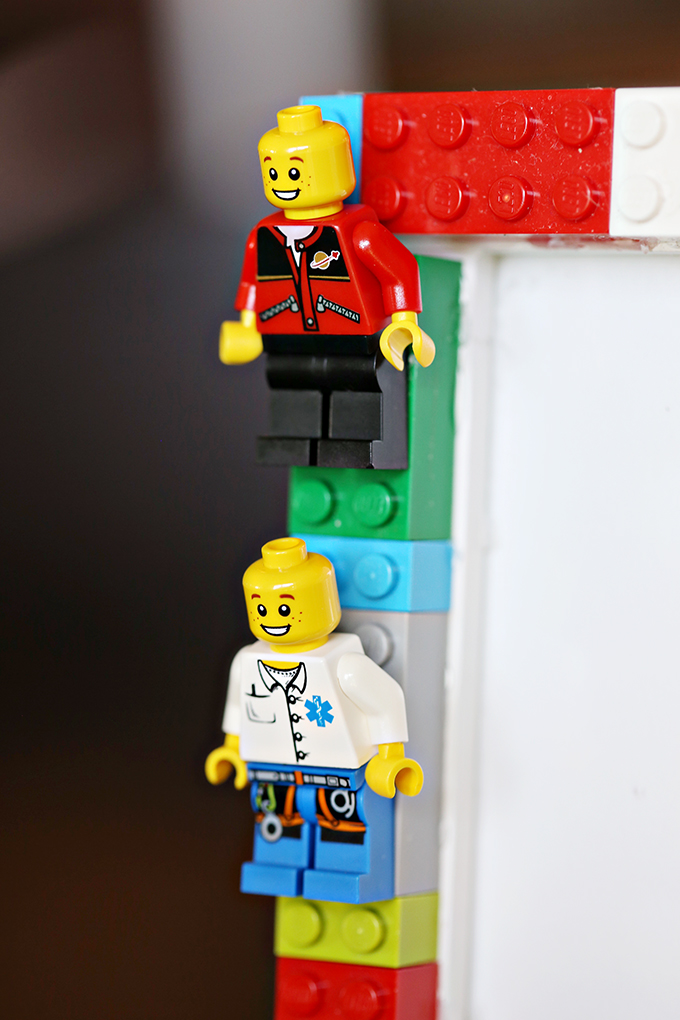 DIY LEGO Minifigures Frame Craft for Kids