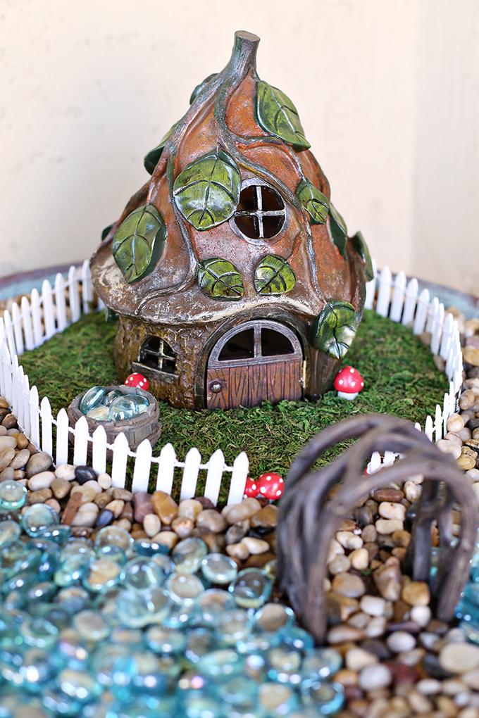 Craft: Bird Bath Fairy Garden - See Vanessa Craft