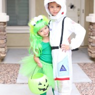 Martian and Astronaut Halloween Sibling Costume Idea