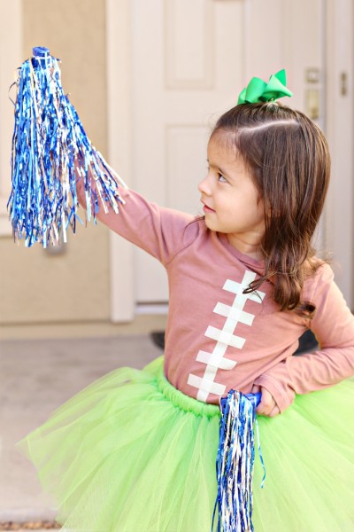 Football Shirt and Cheerleader Halloween Costume Tutorial