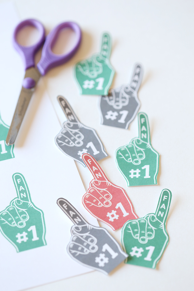 snickers-football-foam-finger-printable-5-copy