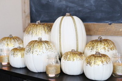 Gold Thanksgiving Tablescape Idea
