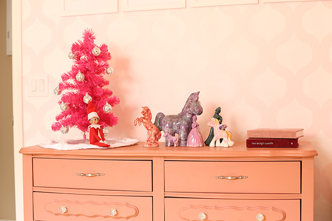 easy-elf-on-shelf-ideas-7-copy