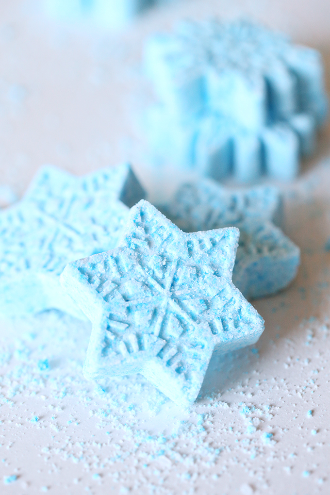 frozen-peppermint-bath-bombs-7-copy