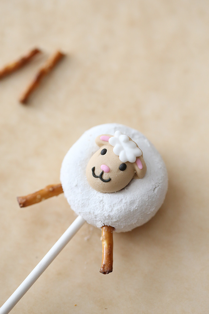 Little Lamb Donut Pops 4 copy