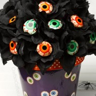 Halloween: Eyeball Lollipop Rose Bouquet