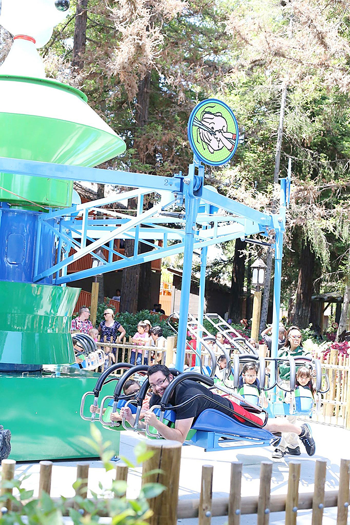 Knotts Berry Farm Linus Launcher copy