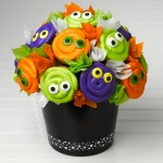 Halloween: Eyeball Cupcake Bouquet