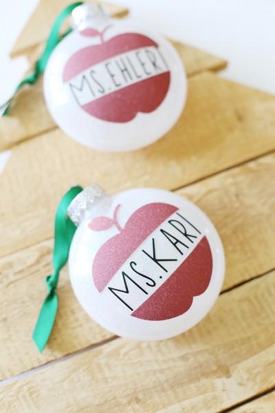 Christmas: Cricut Glitter Vinyl Ornaments Teacher Gift
