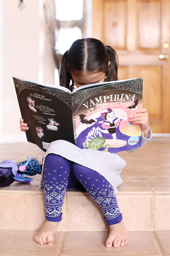 Vampirina Disney Junior 2 copy
