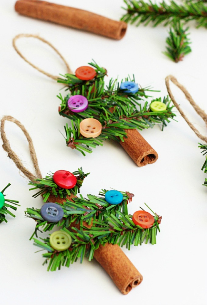 DIY cinnamon stick Christmas tree ornament