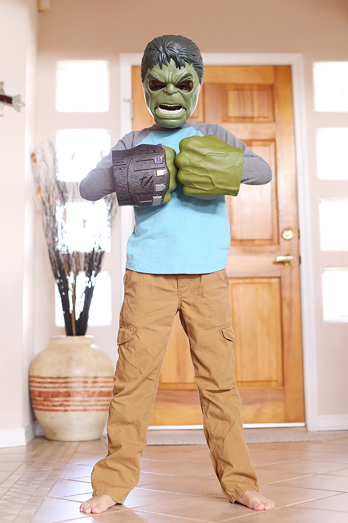 Hulk Smash Mask and Fists copy