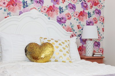 Gold Hearts Big Girl Room