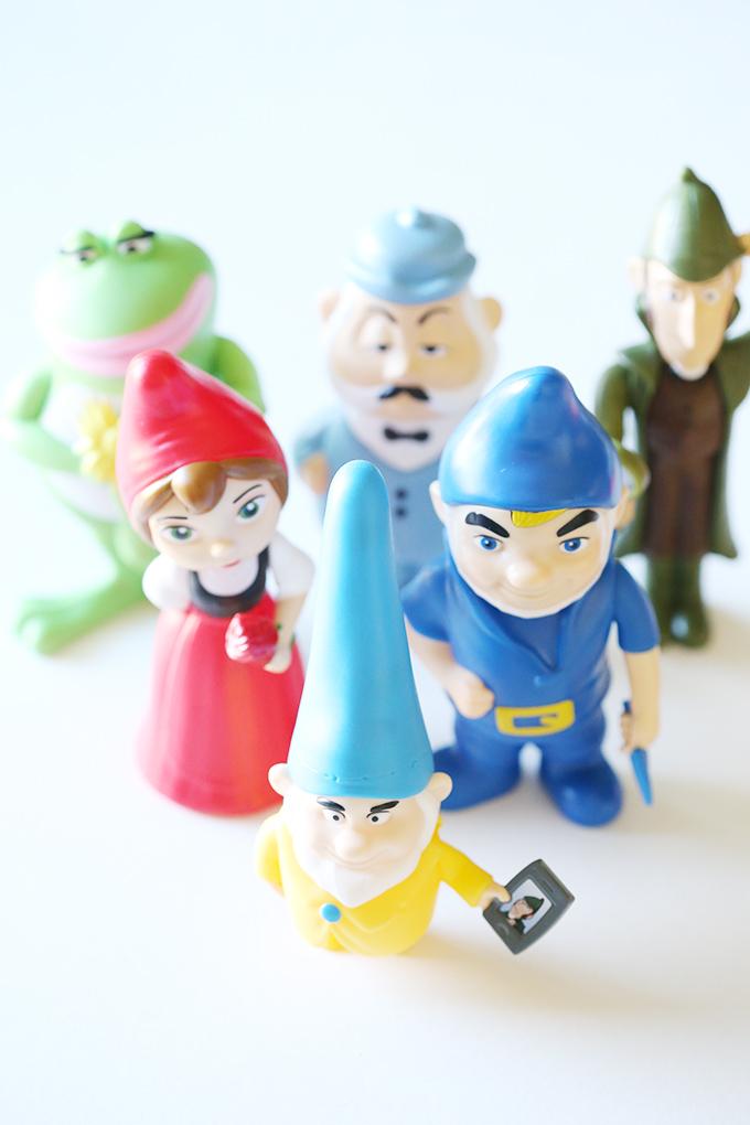 Sherlock Gnomes Frog Treats 13 copy