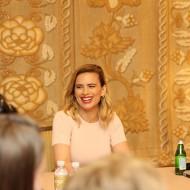 "Disney: Hayley Atwell ""Evelyn Robin"" Interview #ChristopherRobinEvent"