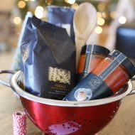 Christmas: Italian Gift Basket with Printable Tags