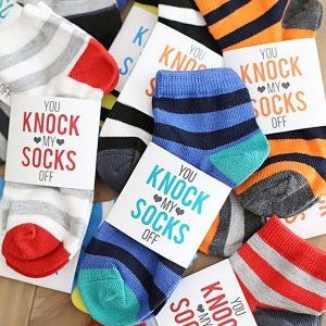 Valentine's Day: Printable Valentine Sock Gift Wrapper for Kids