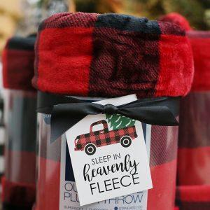 Christmas Blanket Gift Idea with Printable Tags